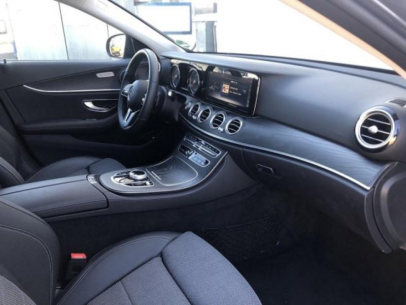 Photo 4 de l'offre de MERCEDES-BENZ CLASSE E (W213) 220 D 194CH AVANTGARDE LINE 9G-TRONIC EURO6D-T-EVAP-ISC à 38000€ chez YM Automobiles