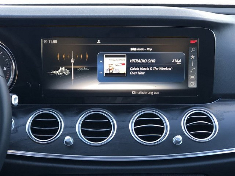 Photo 6 de l'offre de MERCEDES-BENZ CLASSE E (W213) 220 D 194CH AVANTGARDE LINE 9G-TRONIC EURO6D-T-EVAP-ISC à 38000€ chez YM Automobiles