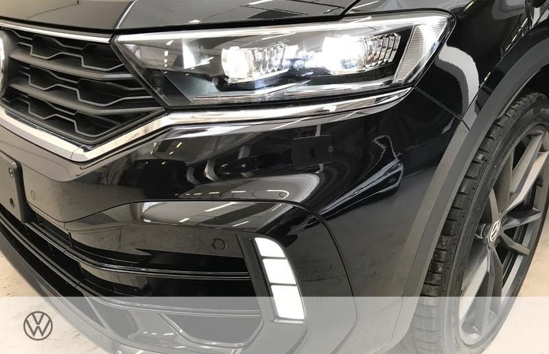 Photo 12 de l'offre de VOLKSWAGEN T-ROC 2.0 TSI 300CH R 4MOTION DSG7 EURO6D-T à 47465€ chez YM Automobiles