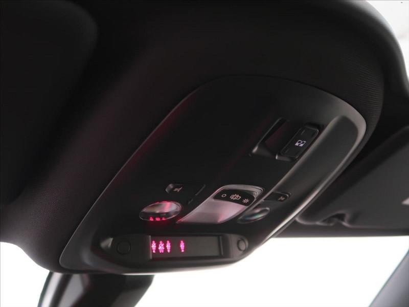 Photo 17 de l'offre de PEUGEOT 308 SW 1.5 BLUEHDI 130CH S&S GT LINE EAT8 à 23185€ chez YM Automobiles