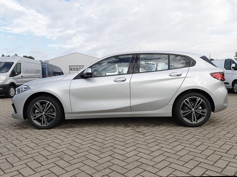 Photo 2 de l'offre de BMW SERIE 1 (F40) 118I 140CH EDITION SPORT à 29800€ chez YM Automobiles