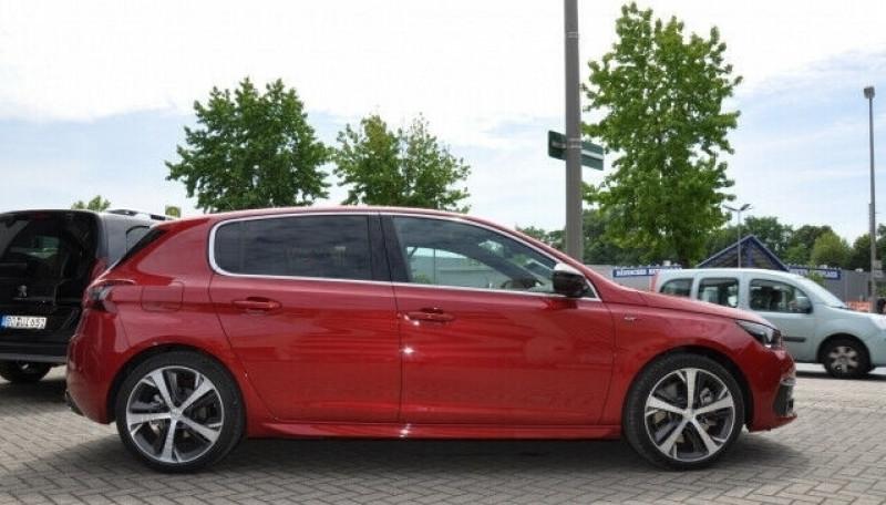 Photo 2 de l'offre de PEUGEOT 308 1.6 PURETECH 225CH S&S GT EAT8 à 26500€ chez YM Automobiles