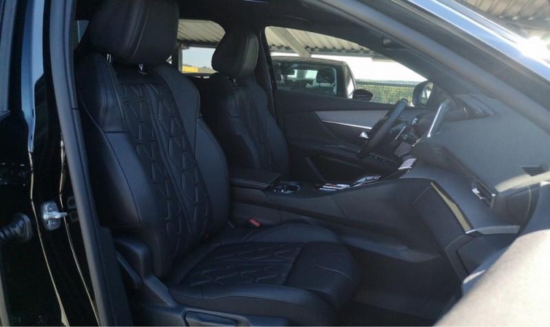 Photo 8 de l'offre de PEUGEOT 3008 2.0 BLUEHDI 180CH S&S GT EAT8 à 40200€ chez YM Automobiles