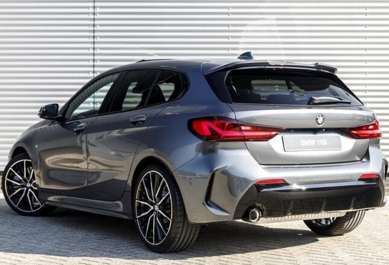 Photo 9 de l'offre de BMW SERIE 1 (F40) 118IA 140CH M SPORT DKG7 à 42000€ chez YM Automobiles