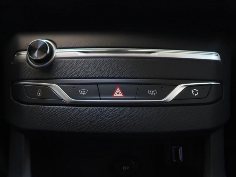 Photo 18 de l'offre de PEUGEOT 308 1.6 PURETECH 263CH E6.2 EVAP S&S GTI à 32000€ chez YM Automobiles