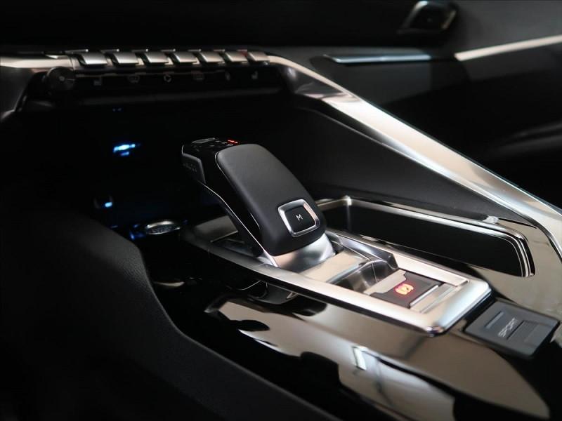 Photo 13 de l'offre de PEUGEOT 3008 2.0 BLUEHDI 180CH S&S GT LINE EAT8 à 31800€ chez YM Automobiles
