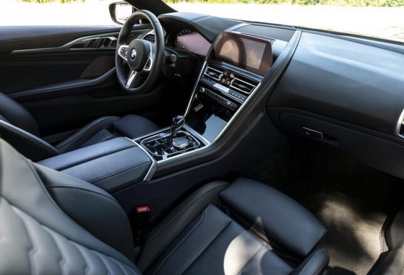 Photo 6 de l'offre de BMW SERIE 8 (G15) 840IA 340CH XDRIVE M SPORT 22CV à 115000€ chez YM Automobiles