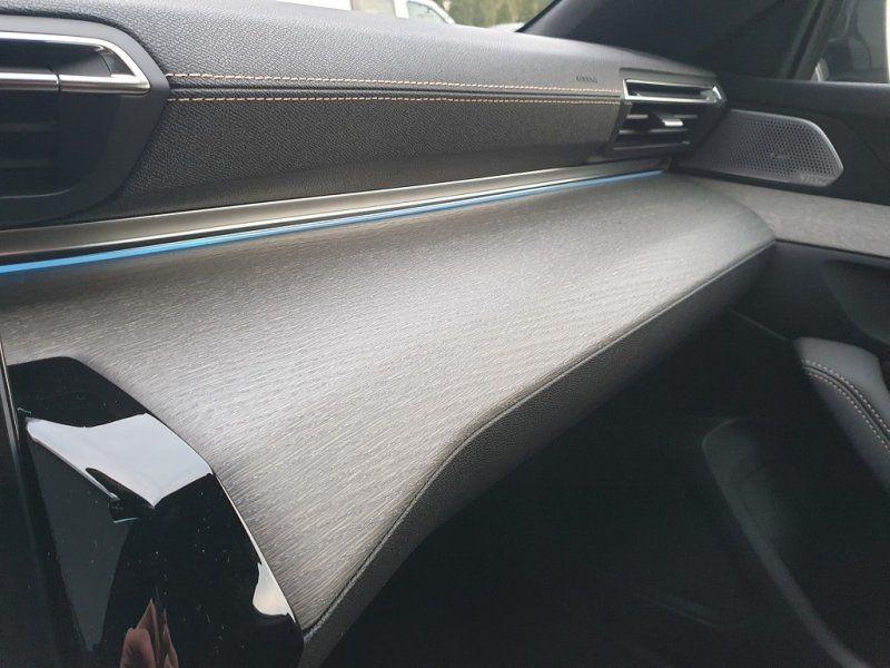 Photo 21 de l'offre de PEUGEOT 508 SW BLUEHDI 180CH S&S GT EAT8 à 44000€ chez YM Automobiles