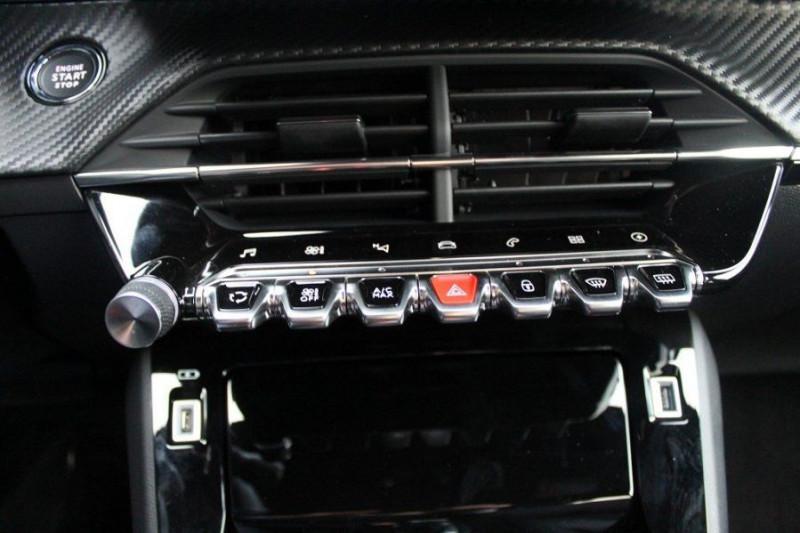 Photo 16 de l'offre de PEUGEOT 208 E-208 136CH GT LINE à 35000€ chez YM Automobiles