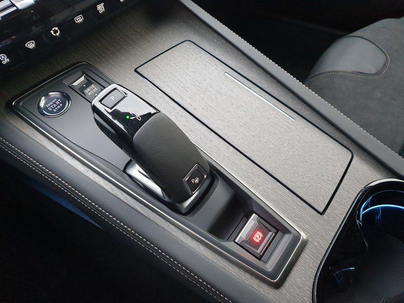 Photo 19 de l'offre de PEUGEOT 508 SW BLUEHDI 180CH S&S GT EAT8 à 44000€ chez YM Automobiles