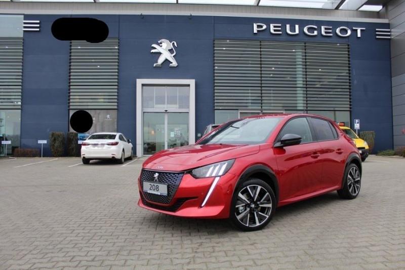 Peugeot 208 1.2 PURETECH 130CH S&S GT LINE EAT8 7CV Essence ROUGE Neuf à vendre