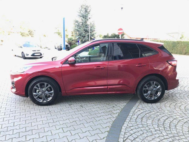 Photo 2 de l'offre de FORD KUGA 2.0 ECOBLUE 150CH MHEV ST-LINE à 33000€ chez YM Automobiles