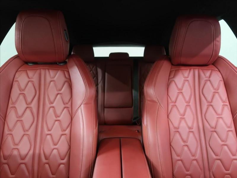 Photo 19 de l'offre de PEUGEOT 508 SW PURETECH 225CH S&S GT EAT8 119G à 31000€ chez YM Automobiles