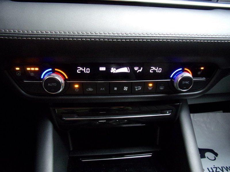 Photo 15 de l'offre de MAZDA MAZDA 6 2.0 SKYACTIV-G 165CH DYNAMIQUE EVAP à 24500€ chez YM Automobiles