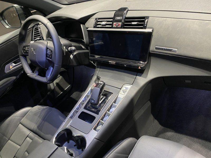 Photo 18 de l'offre de DS DS 7 CROSSBACK PURETECH 225CH GRAND CHIC AUTOMATIQUE 13CV à 53500€ chez YM Automobiles