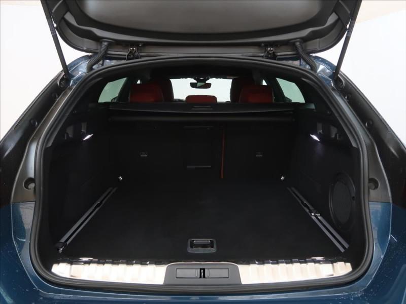 Photo 5 de l'offre de PEUGEOT 508 SW PURETECH 225CH S&S GT EAT8 119G à 31000€ chez YM Automobiles