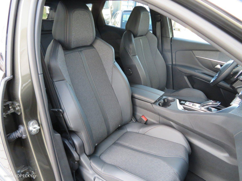 Photo 15 de l'offre de PEUGEOT 3008 2.0 BLUEHDI 180CH S&S GT LINE EAT8 à 29830€ chez YM Automobiles