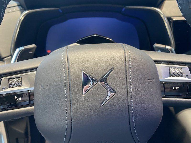 Photo 22 de l'offre de DS DS 7 CROSSBACK PURETECH 225CH GRAND CHIC AUTOMATIQUE 13CV à 53000€ chez YM Automobiles