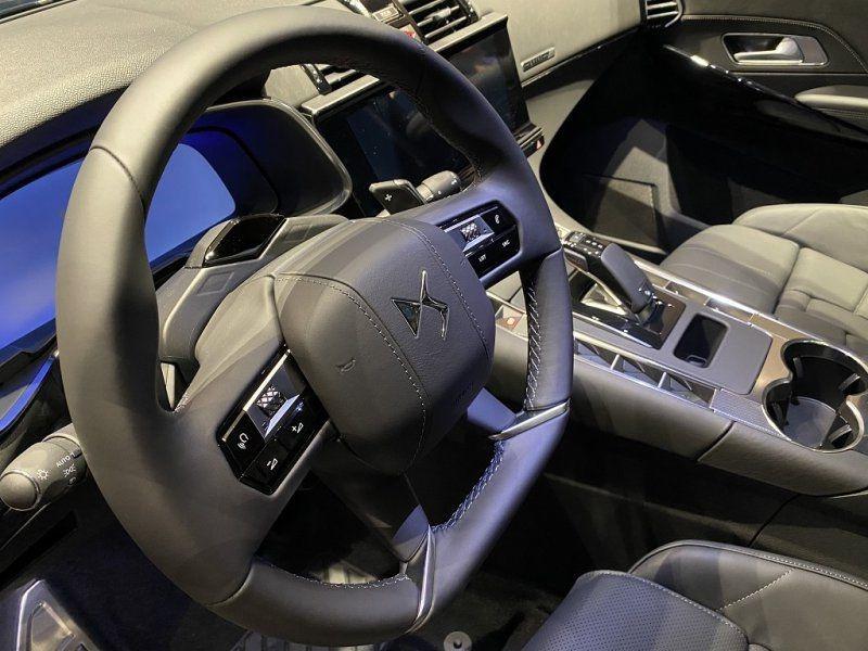 Photo 19 de l'offre de DS DS 7 CROSSBACK PURETECH 225CH GRAND CHIC AUTOMATIQUE 13CV à 53500€ chez YM Automobiles