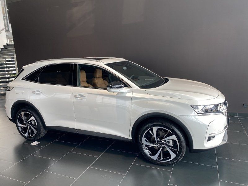 Photo 5 de l'offre de DS DS 7 CROSSBACK BLUEHDI 180CH GRAND CHIC AUTOMATIQUE à 52000€ chez YM Automobiles