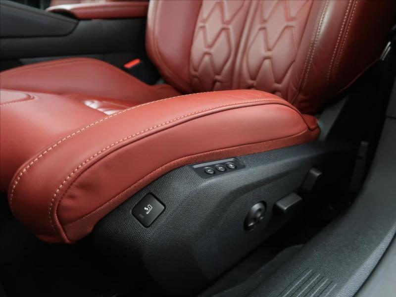 Photo 14 de l'offre de PEUGEOT 508 SW PURETECH 225CH S&S GT EAT8 119G à 31000€ chez YM Automobiles