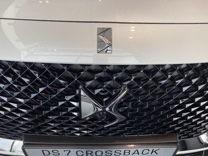 Photo 16 de l'offre de DS DS 7 CROSSBACK PURETECH 225CH GRAND CHIC AUTOMATIQUE 13CV à 53000€ chez YM Automobiles