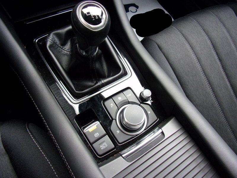 Photo 16 de l'offre de MAZDA MAZDA 6 2.0 SKYACTIV-G 165CH DYNAMIQUE EVAP à 24500€ chez YM Automobiles
