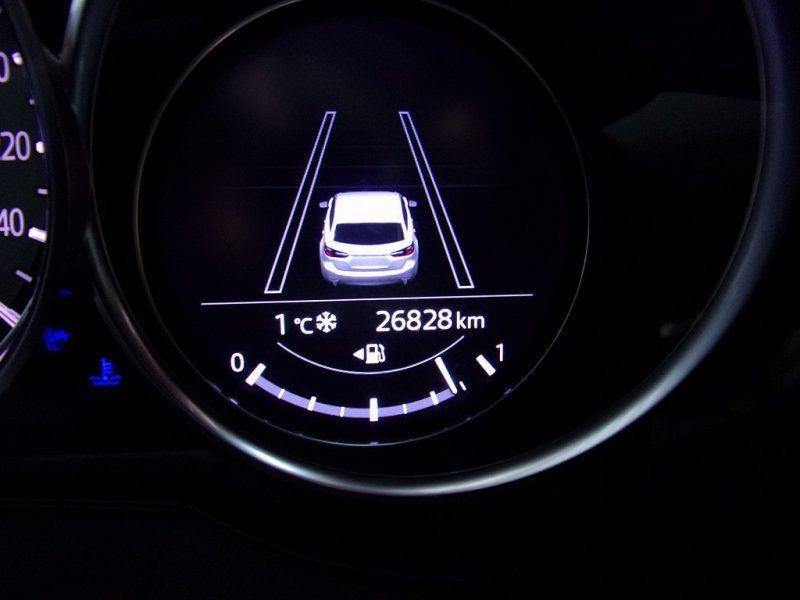 Photo 12 de l'offre de MAZDA MAZDA 6 2.0 SKYACTIV-G 165CH DYNAMIQUE EVAP à 24500€ chez YM Automobiles