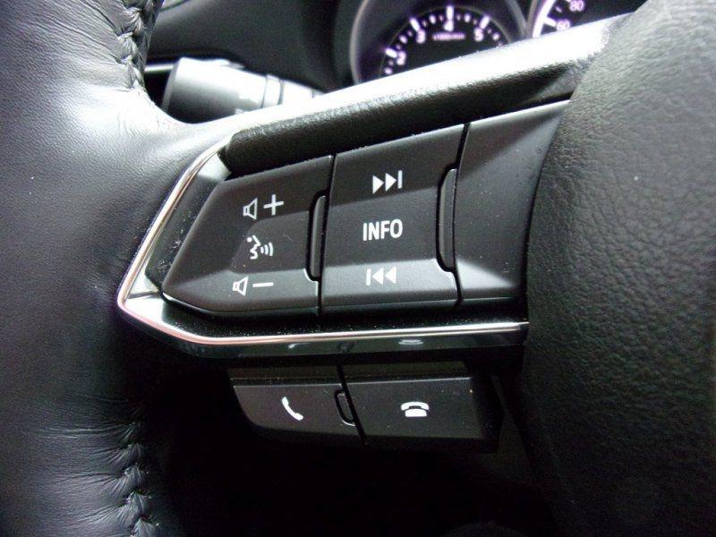 Photo 10 de l'offre de MAZDA MAZDA 6 2.0 SKYACTIV-G 165CH DYNAMIQUE EVAP à 24500€ chez YM Automobiles