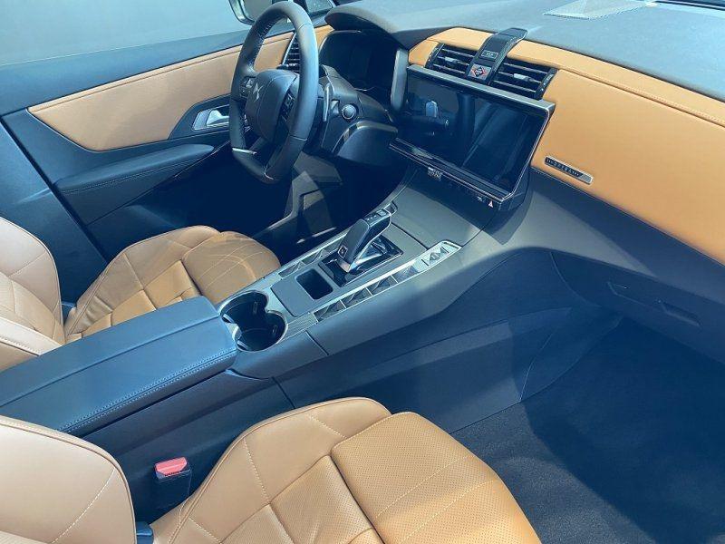 Photo 10 de l'offre de DS DS 7 CROSSBACK PURETECH 225CH GRAND CHIC AUTOMATIQUE 13CV à 55000€ chez YM Automobiles