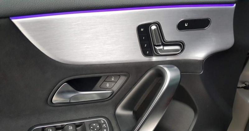 Photo 6 de l'offre de MERCEDES-BENZ CLASSE A (W177) 45 AMG 421CH S 4MATIC+ 8G-DCT SPEEDSHIFT AMG à 75500€ chez YM Automobiles