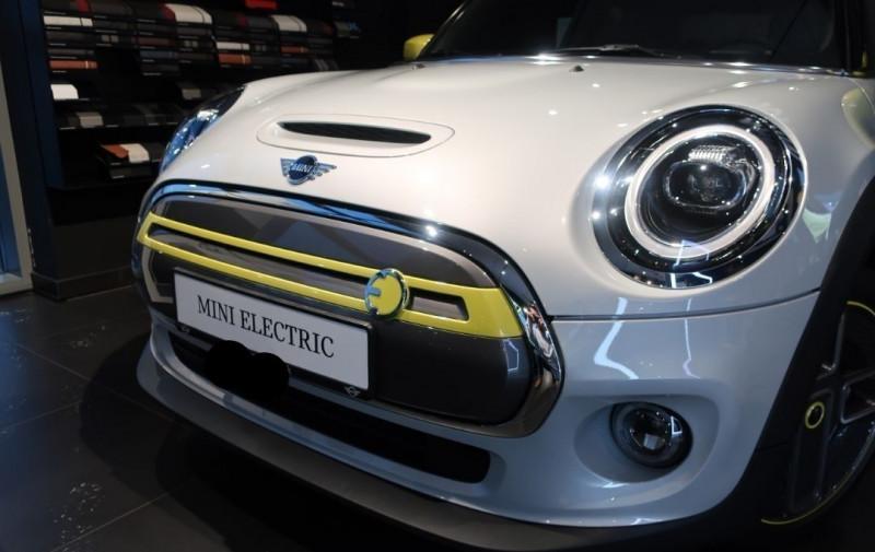 Photo 3 de l'offre de MINI MINI COOPER SE 184CH EDITION GREENWICH BVA à 33500€ chez YM Automobiles