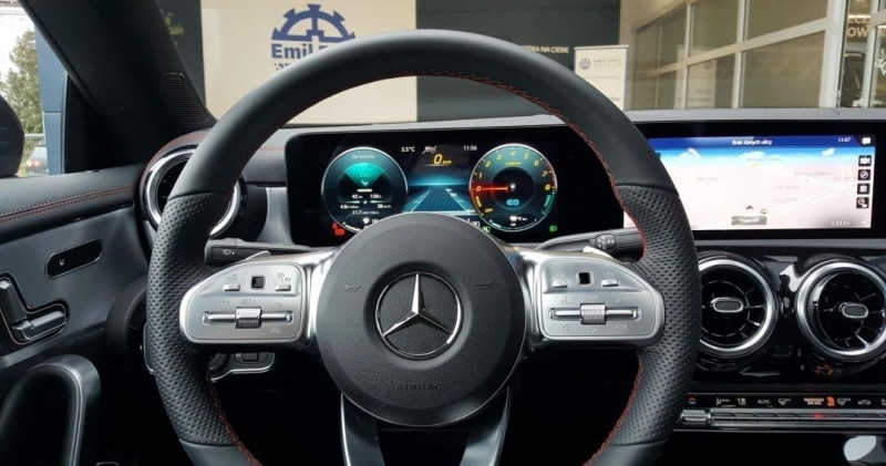 Photo 10 de l'offre de MERCEDES-BENZ CLA 250 E 160+102CH AMG LINE 8G-DCT à 48000€ chez YM Automobiles