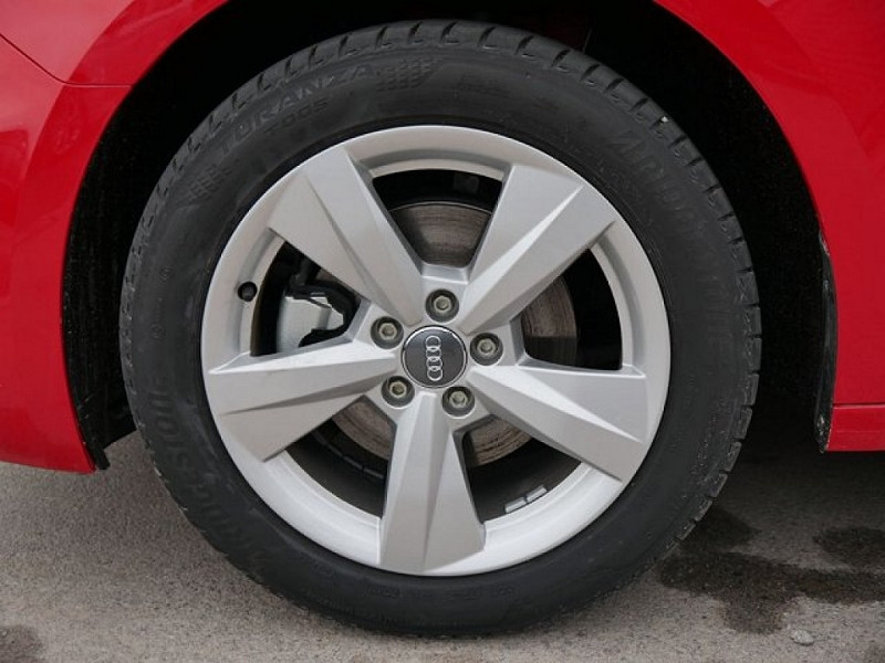 Photo 3 de l'offre de AUDI A1 SPORTBACK 30 TFSI 116CH S LINE S TRONIC 7 à 29000€ chez YM Automobiles