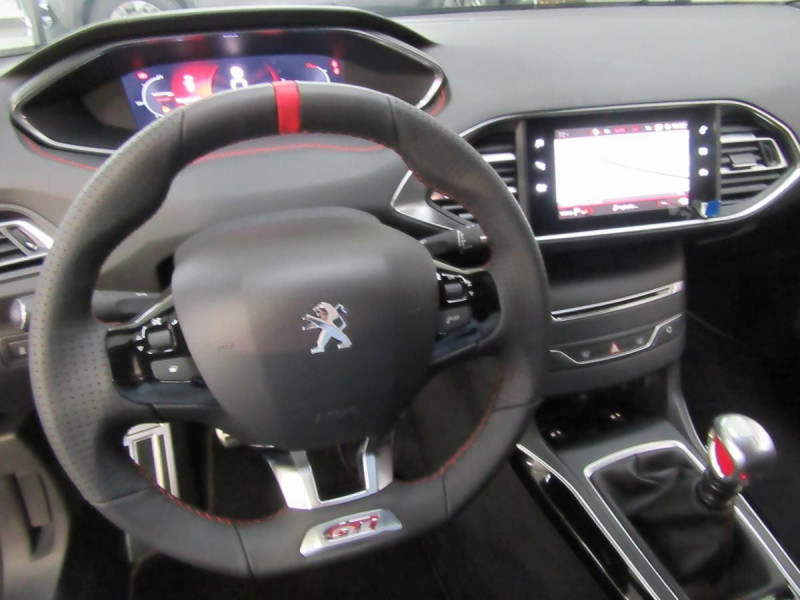 Photo 15 de l'offre de PEUGEOT 308 1.6 PURETECH 263CH S&S GTI à 33000€ chez YM Automobiles