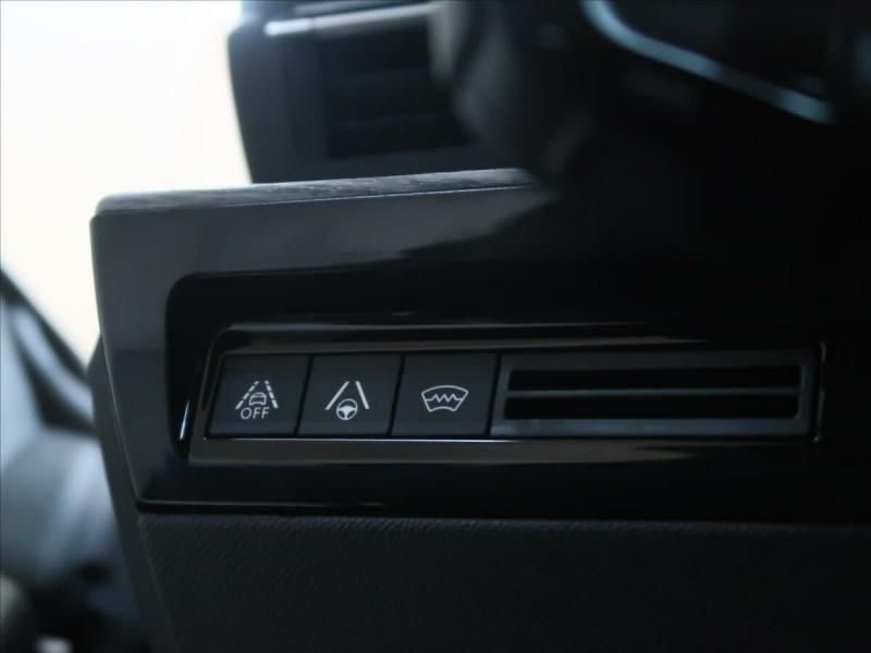 Photo 14 de l'offre de PEUGEOT 508 SW PURETECH 225CH S&S GT EAT8 119G à 33500€ chez YM Automobiles