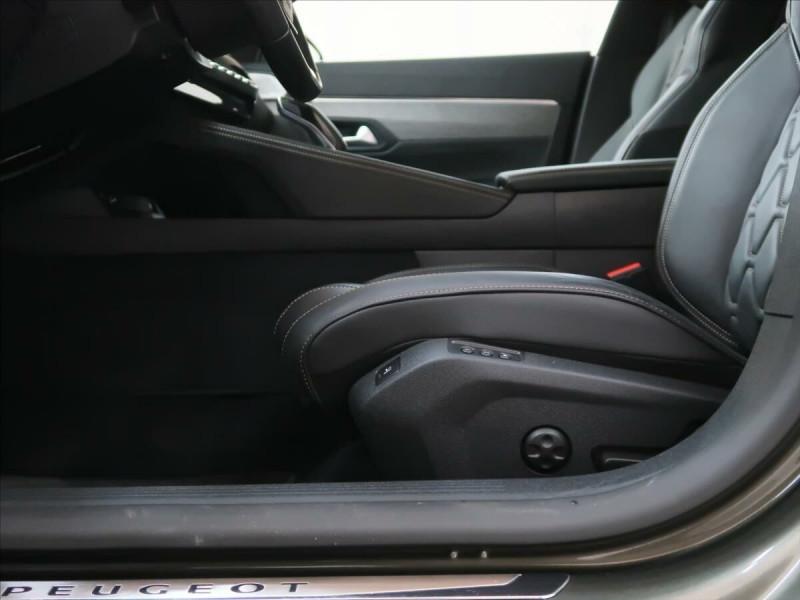 Photo 12 de l'offre de PEUGEOT 508 SW PURETECH 225CH S&S GT EAT8 119G à 33500€ chez YM Automobiles