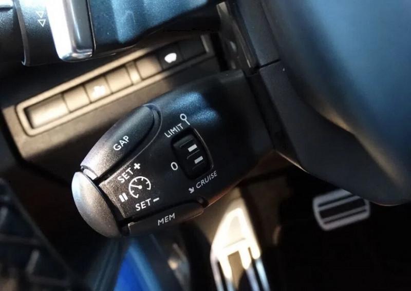 Photo 24 de l'offre de PEUGEOT 5008 2.0 BLUEHDI 180CH S&S GT EAT8 à 37920€ chez YM Automobiles