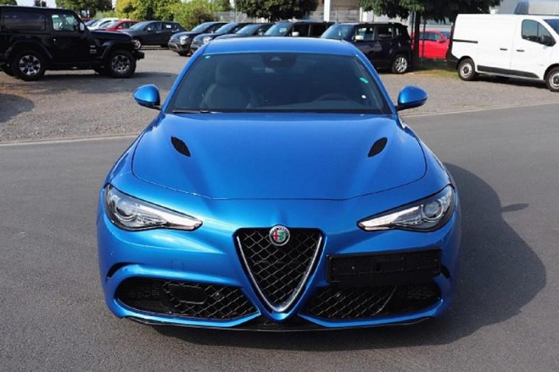 Photo 3 de l'offre de ALFA ROMEO GIULIA 2.9 V6 510CH QUADRIFOGLIO AT8 MY19 à 90500€ chez YM Automobiles