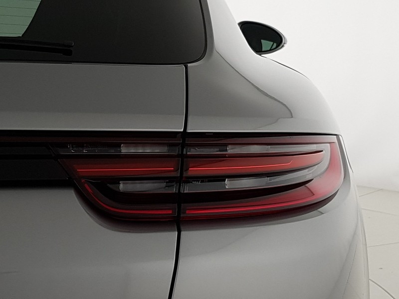 Photo 9 de l'offre de PORSCHE PANAMERA SPT TURISMO 4.0 V8 680CH TURBO S E-HYBRID EURO6D-T à 190000€ chez YM Automobiles