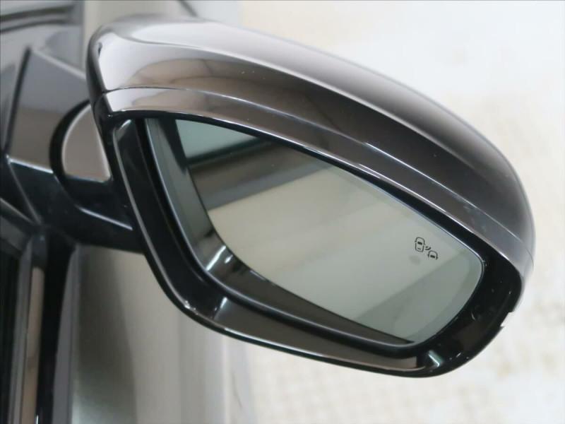 Photo 10 de l'offre de PEUGEOT 508 SW PURETECH 225CH S&S GT EAT8 119G à 33500€ chez YM Automobiles
