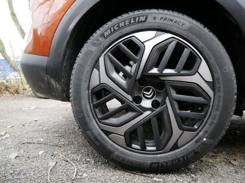 Photo 5 de l'offre de CITROEN C4 PURETECH 130CH S&S SHINE EAT8 à 27000€ chez YM Automobiles