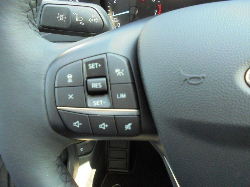 Photo 12 de l'offre de FORD KUGA 1.5 ECOBOOST 150CH TITANIUM à 28400€ chez YM Automobiles