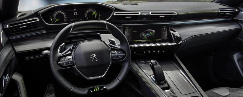 Photo 7 de l'offre de PEUGEOT 508 HYBRID4 360CH E-EAT8 PEUGEOT SPORT ENGINEERED à 62000€ chez YM Automobiles