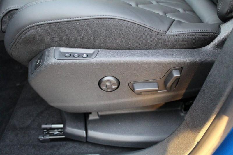 Photo 18 de l'offre de PEUGEOT 3008 1.6 PURETECH 180CH S&S GT PACK EAT8 à 40500€ chez YM Automobiles