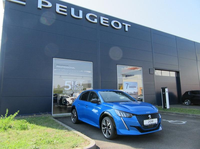 Photo 1 de l'offre de PEUGEOT 208 E-208 136CH GT à 33000€ chez YM Automobiles