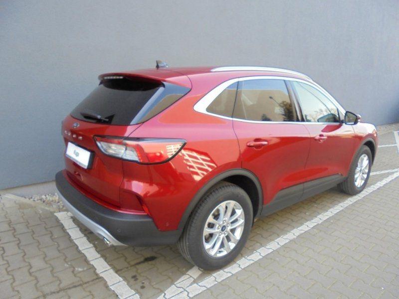 Photo 4 de l'offre de FORD KUGA 1.5 ECOBOOST 150CH TITANIUM à 28400€ chez YM Automobiles