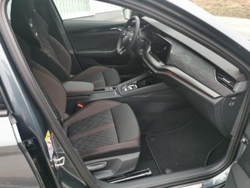 Photo 9 de l'offre de SKODA OCTAVIA BREAK 2.0 TSI 245CH RS DSG7 EURO6D-T EVAP à 38500€ chez YM Automobiles