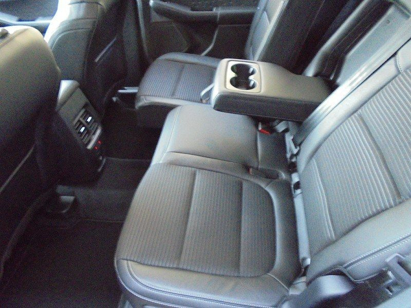 Photo 7 de l'offre de FORD KUGA 1.5 ECOBOOST 150CH TITANIUM à 28400€ chez YM Automobiles