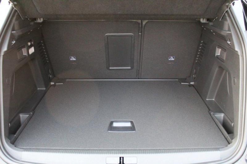 Photo 8 de l'offre de PEUGEOT 3008 1.6 PURETECH 180CH S&S GT PACK EAT8 à 40500€ chez YM Automobiles